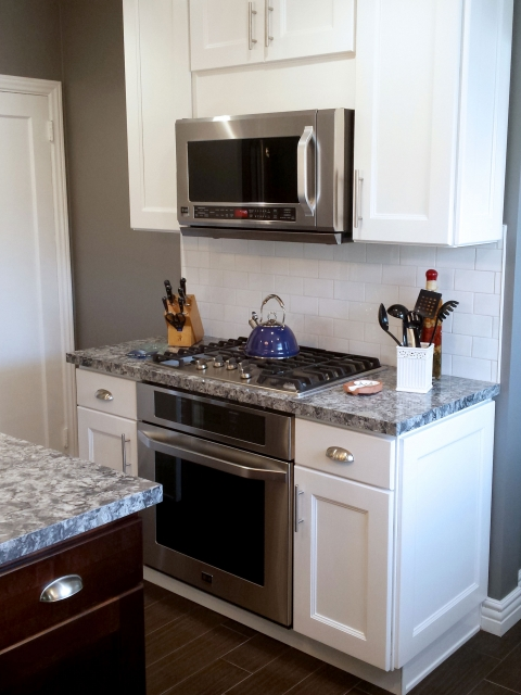 kitchen-remodel-new-cabinets-flooring-countertop